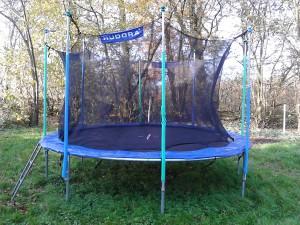 hudora trampolin ersatzteile und trampoline des herstellers. Black Bedroom Furniture Sets. Home Design Ideas